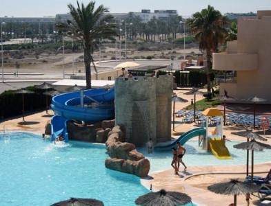 Piscina temática en el Hotel Alcazaba Mar de Almería