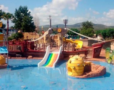 Piscina pirata Camping Spa Natura Resort